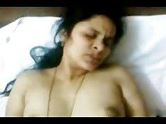 Hot INDIAN TELUGU Aunty Sudha's screwing Couple 2