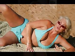 MATURE Gentry AND MILFS SLIDESHOW 4