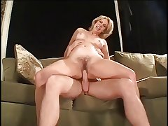 Milf Fuck young gentleman Friends
