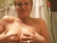 Hot 45 yo Russian mature Larisa play in skype