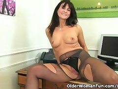 British milf Lelani fucks say no to gorgeous pussy here a dildo