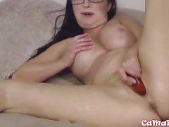 Mature XXX Goldie Star masturbates