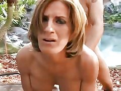 Down in the mouth mature outdoor in pussy and ass