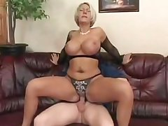 My Best Friend Fucking My Married Sexy Well-endowed Blonde Aunt!