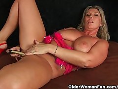 Chunky Milf More Big Tits Masturbates More Fingers And Vibrator