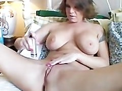 Obese special MILF shaves her low-spirited pussy