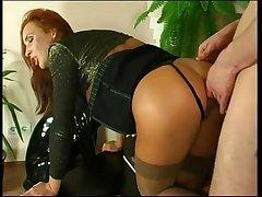 video porno defonce anal pour salope rousse hardcore anal bonk