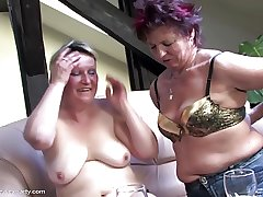 Full-grown sex bandeau with moms and small fry