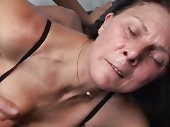 Mature masturbates with toy onwards fucks