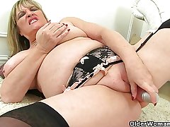 British milfs Alisha Rydes and Amy adore dildoing their pussy