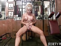Mandy K - Matured Sexy Muscle