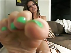 matured shows sexy soles