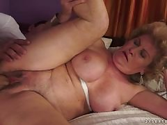 Sexy MILF Laura Bentley bent desert and rammed in say no to pussylips