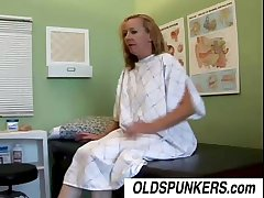 Randy housewife Heidi loves to leman along to adulterate