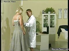 Sporty doc fucks grown up blonde