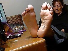 Appetizing Grown up Feet.